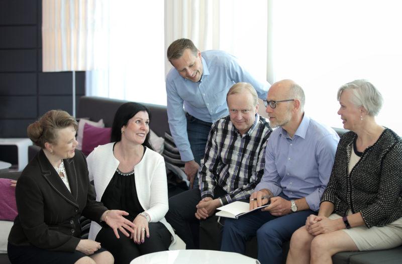 Suomalaistutkimus: Parempi johtaminen toisi 9,4 miljardia euroa lisää yritysten käyttökatteisiin